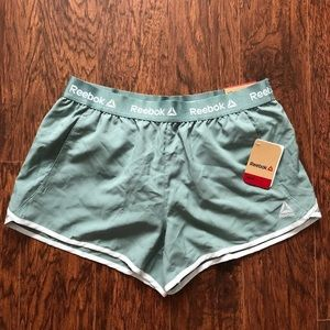 Reebok Women's Relaxed Fit Running Shorts Size M